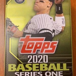 2020 Topps baseball series 1 hobby tin mix